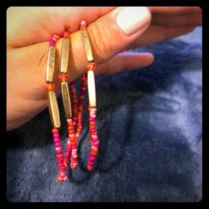 Jewelry - Set of 3 gold and pink hippie bracelets